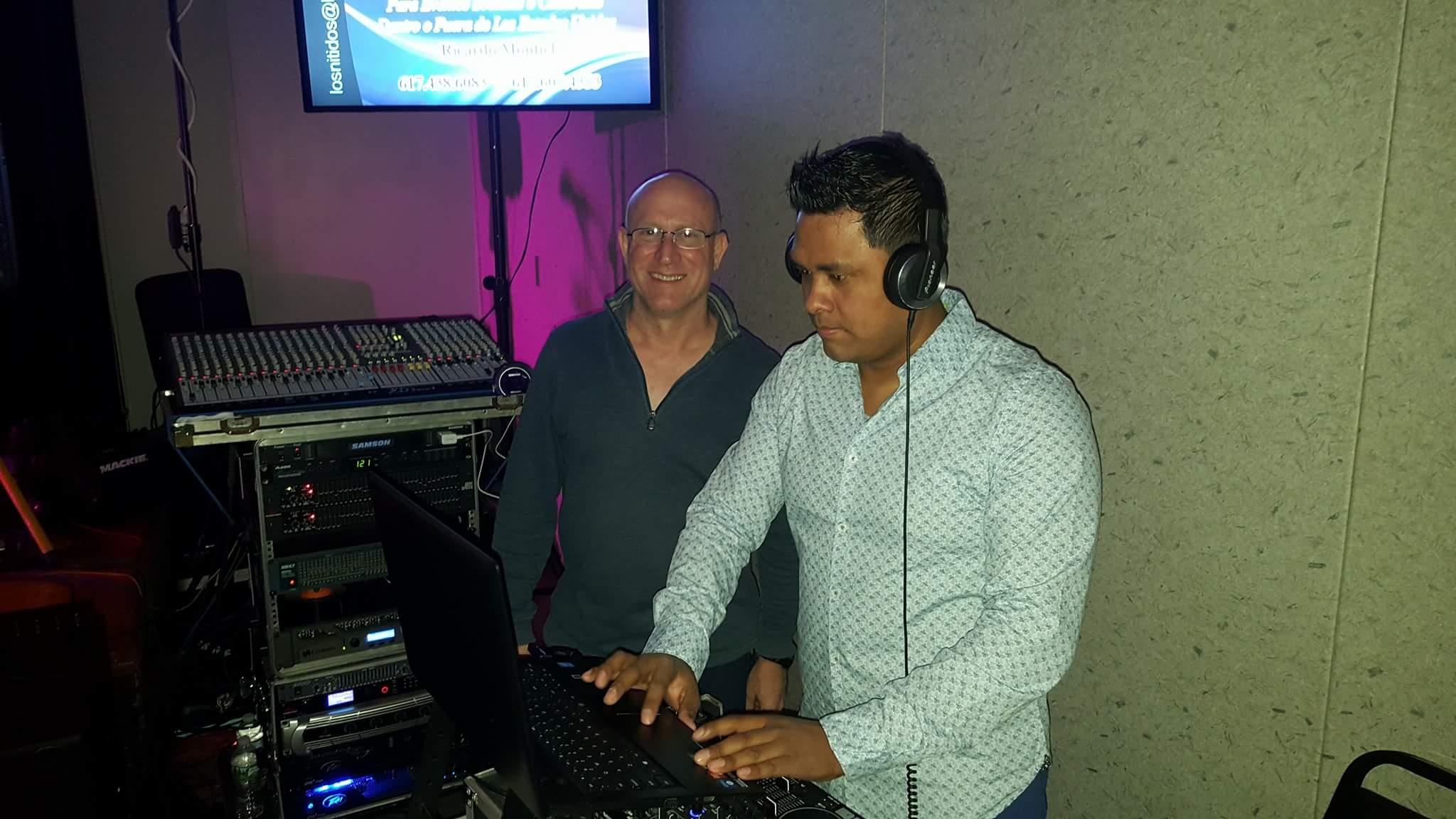 Humberto y Mega dj.