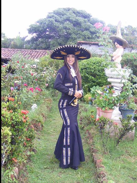 Estefany Salinas IMG-20210406-WA0065.jpg