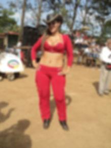 Issa La Loba (12-19-12) 4.jpg