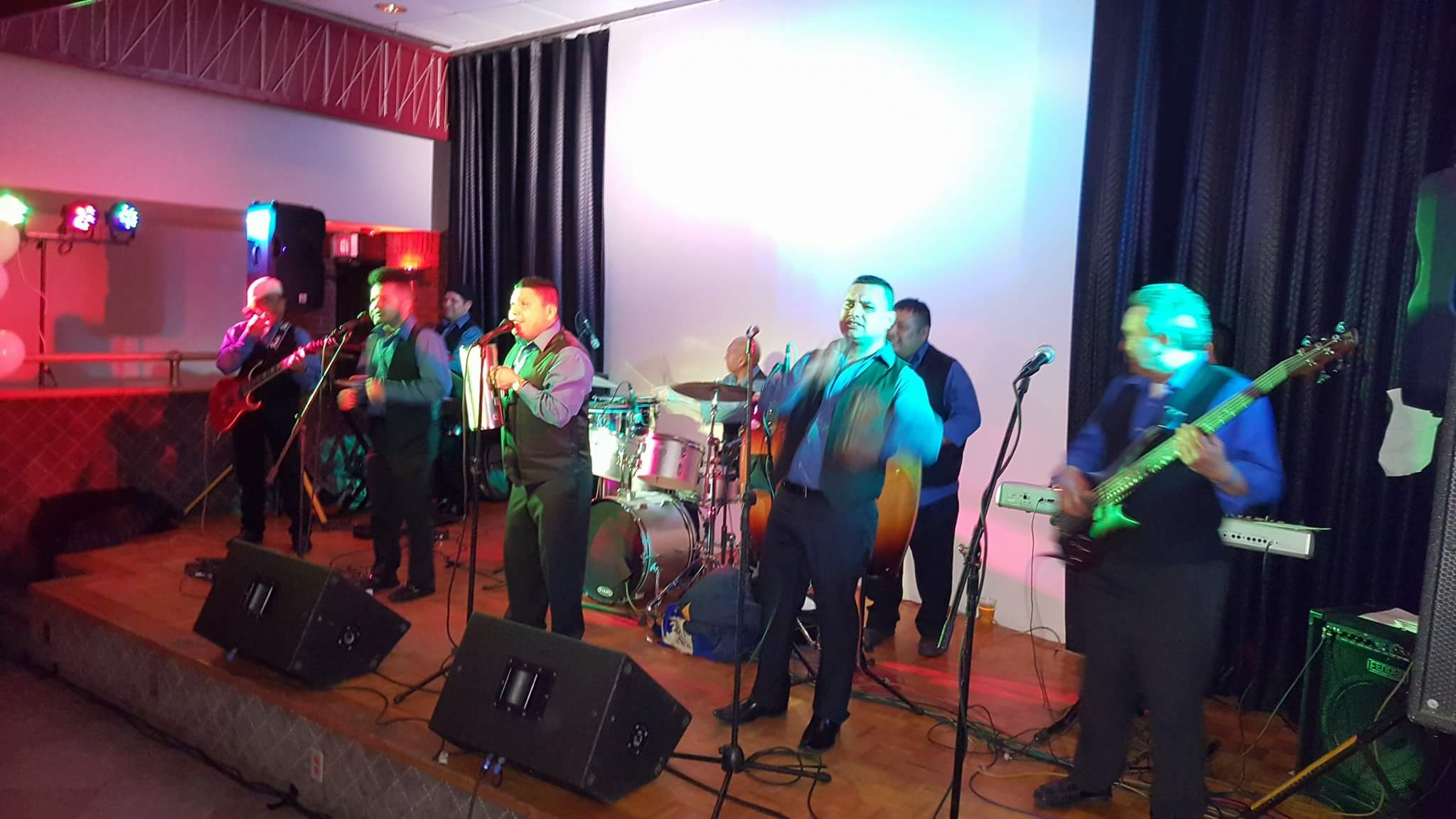 2. Grupo Los Nitidos (Evento 4-8-17)