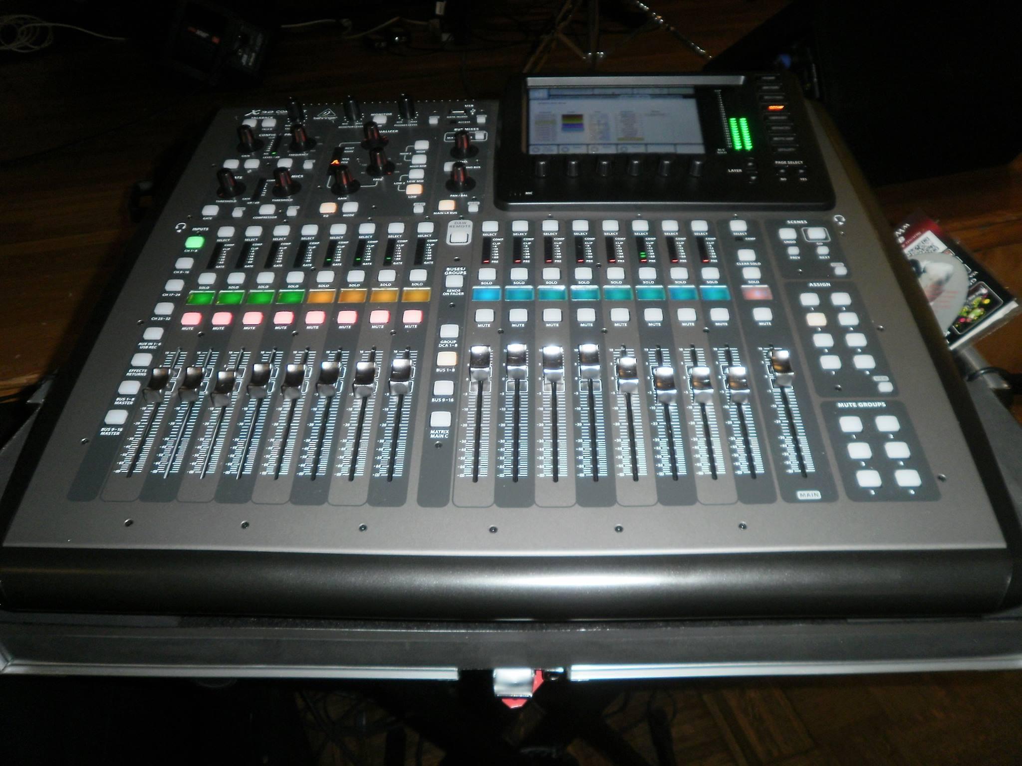 Consola - Mixer