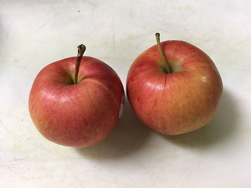 Organic Apple / 1 lb