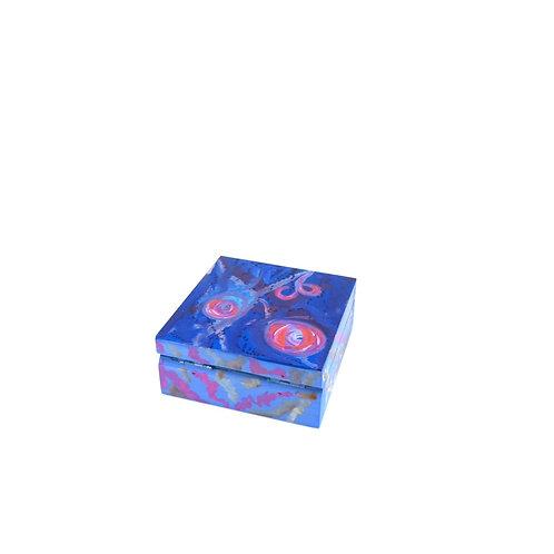 Hand-painted jewelry wood box (8.5 x 8.5 x 3.5 cm)