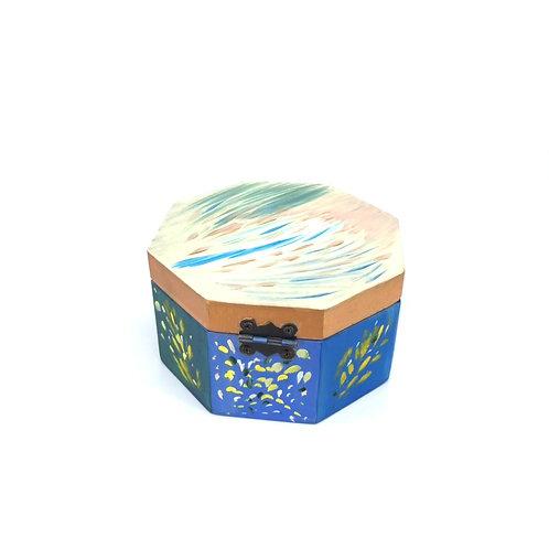 Hand-painted jewelry wood box (11.7 x 11.7 x 6.7 cm)