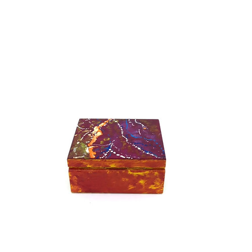 Hand-painted jewelry wood box (9.7 x 7.8 x 4.7 cm)