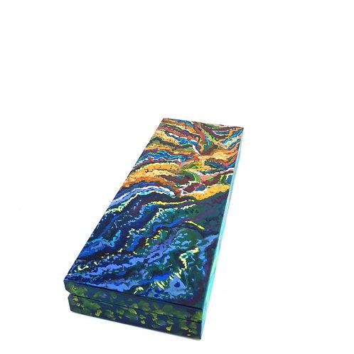 Hand-painted wood box (22 x 8.5 x 3 cm)