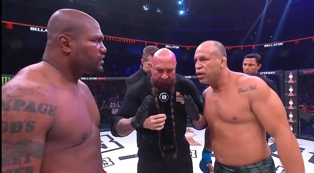 """Quinton """"Rampage"""" Jackson (vencedor; nocaute técnico; 2R) vs. Wanderlei Silva"""