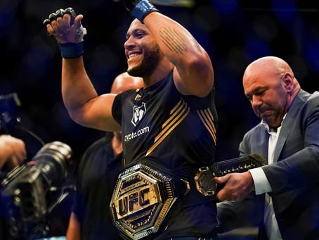 UFC 256: Le champion! Cyril Gane é o novo detentor do cinturão dos pesados