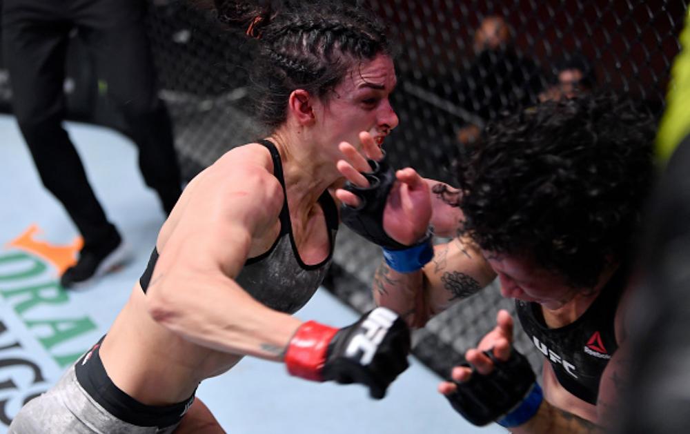Mackenzie Dern vence Virna Jandiroba por decisão unânime (29-28, 29-28, 29-28)