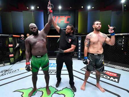 UFC Vegas 28: Sakai é nocauteado ainda no 1R