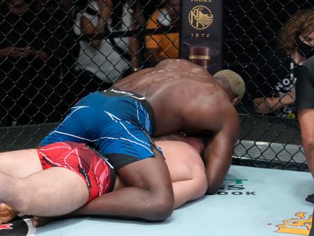 UFC Vegas 36: Brunson confirma favoritismo e finaliza Till; Noite no entanto foi dos Ingleses