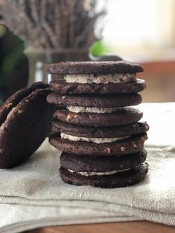 chocolate butter pecan sandwich cookies