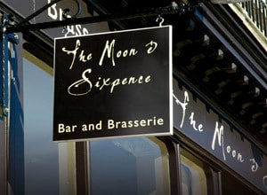 Quality dining or cocktails at eh Moon and Sixpence