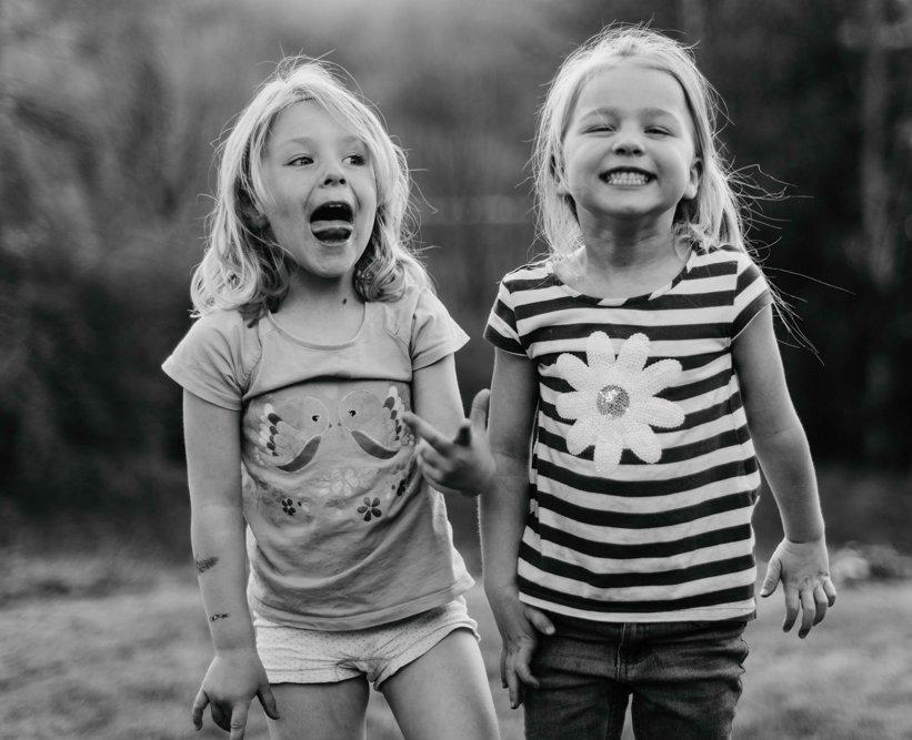 Kinderfotos, Homestory, Kinderfotografie Düsseldorf Oberkassel, natürliche Kinderfotos