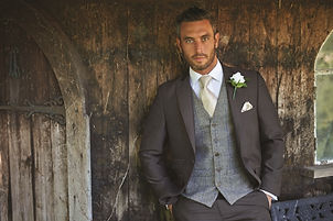 Charcoal grey sut availble for suit hire at Suits to suit
