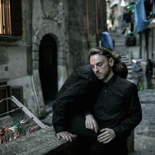 L'uomo. Napoli