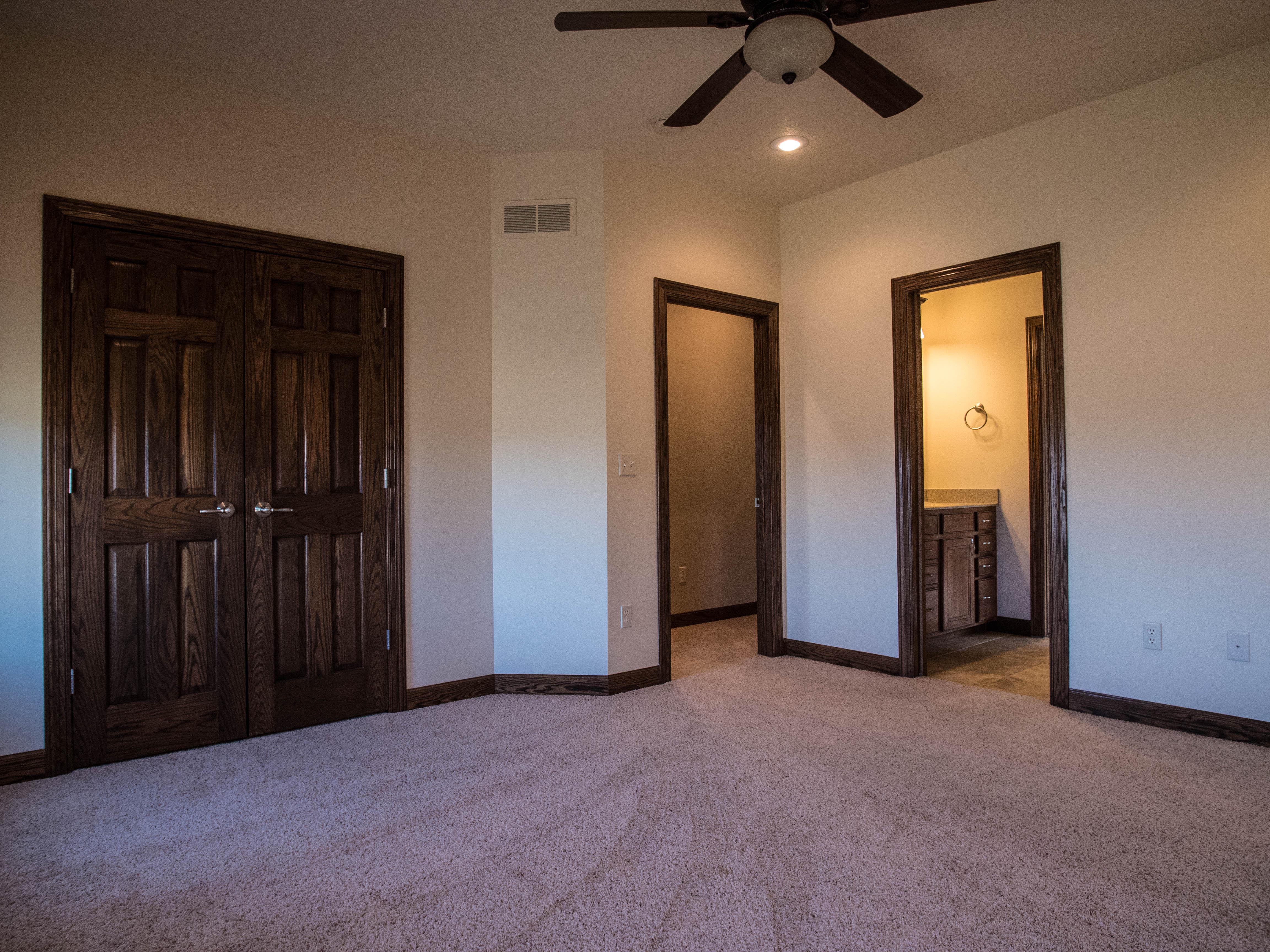 IHP - Main floor bedroom