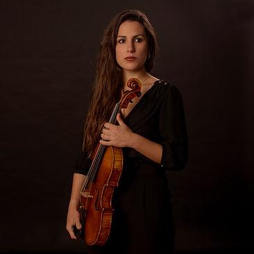 Paloma Cueto-Felgueroso, violista de Bambú Ensemble, trabaja en la ADDA de Alicante