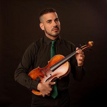 Samuel Espinosa, violista riojano de Bambú Ensemble, colaboradr de orchestas alemanas muy prestigiosas