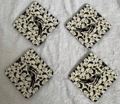 RichSkipworth Crafts Bowdown Hound Coasters x 4