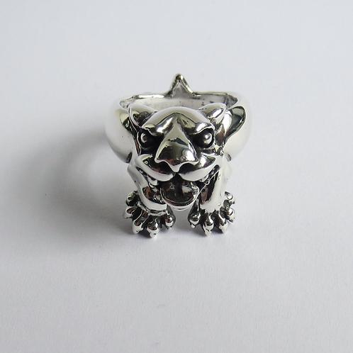 Fierce dog ring