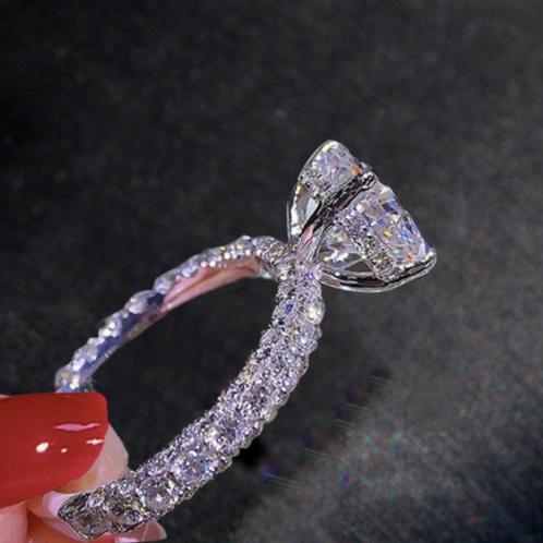 Waldorf Ring