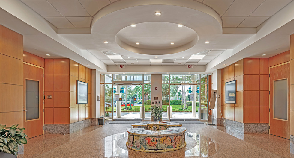 7111 Lobby Looking Out-hdr.jpg