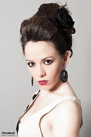 Beauty|Fashion|Frisur|Haare|Friseurmeisterin|mobil|Hausbesuch|MakeUp|Hochzeit|Fotoshooting|Haare|MakeUp| VerenaKeppler.jpg
