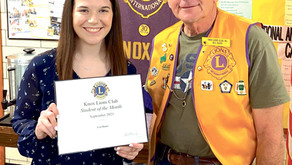 Leia Bauer Presented with Knox Lions Club Student of The Month