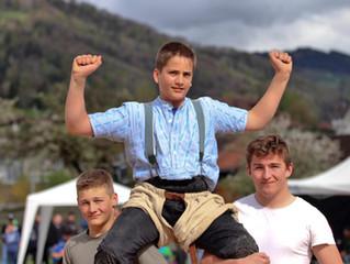 Siege für den Jungschwinger Simon Fäh in Ebnat Kappel und Kirchberg
