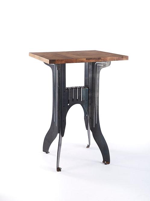 Titus Cruiser Table