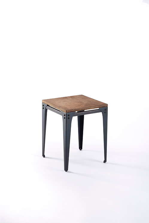 Switch II Stool Chair