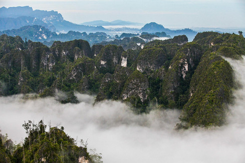Sangkulirang Mangkalihat Karst, East Kalimantan. Nature and Landscape Photography by Yunaidi Joepoet