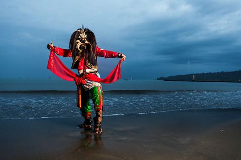 Ebeg Dancer, Cilacap, Central Java. Travel Photography by Yunaidi Joepoet