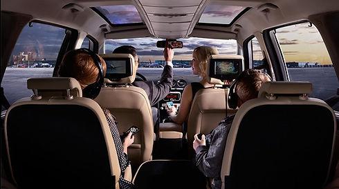 2019-Ford-Minivan-Galaxy-interior.jpg