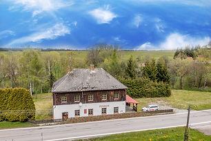 Prodej penzionu (290 m2) spozemkem 4087 m2, Blatná u Frymburku