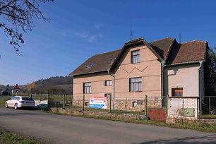 Prodej domu (173 m2) před rekonstrukcí s pozemkem 2862 m2