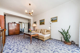 Prodej bytu 2+1 (56 m2) v osobním vlastnictví s balkónem, Praha 10, Vršovice