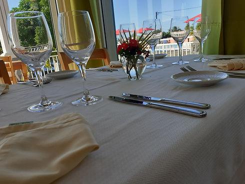 Table du restaurant Gingembre-Combava