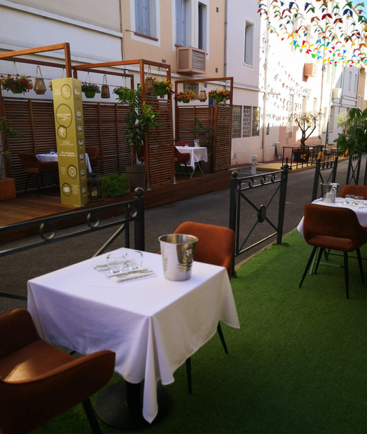The terrace of the Mariu's restaurant