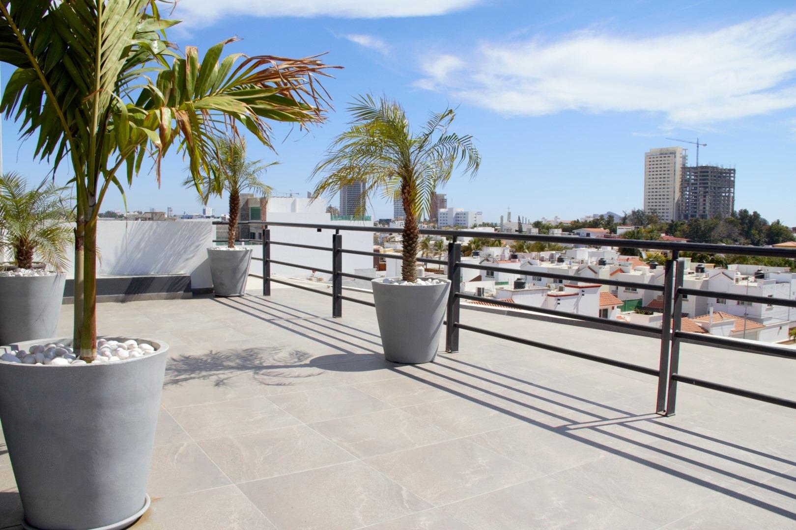 Roof-top patio.