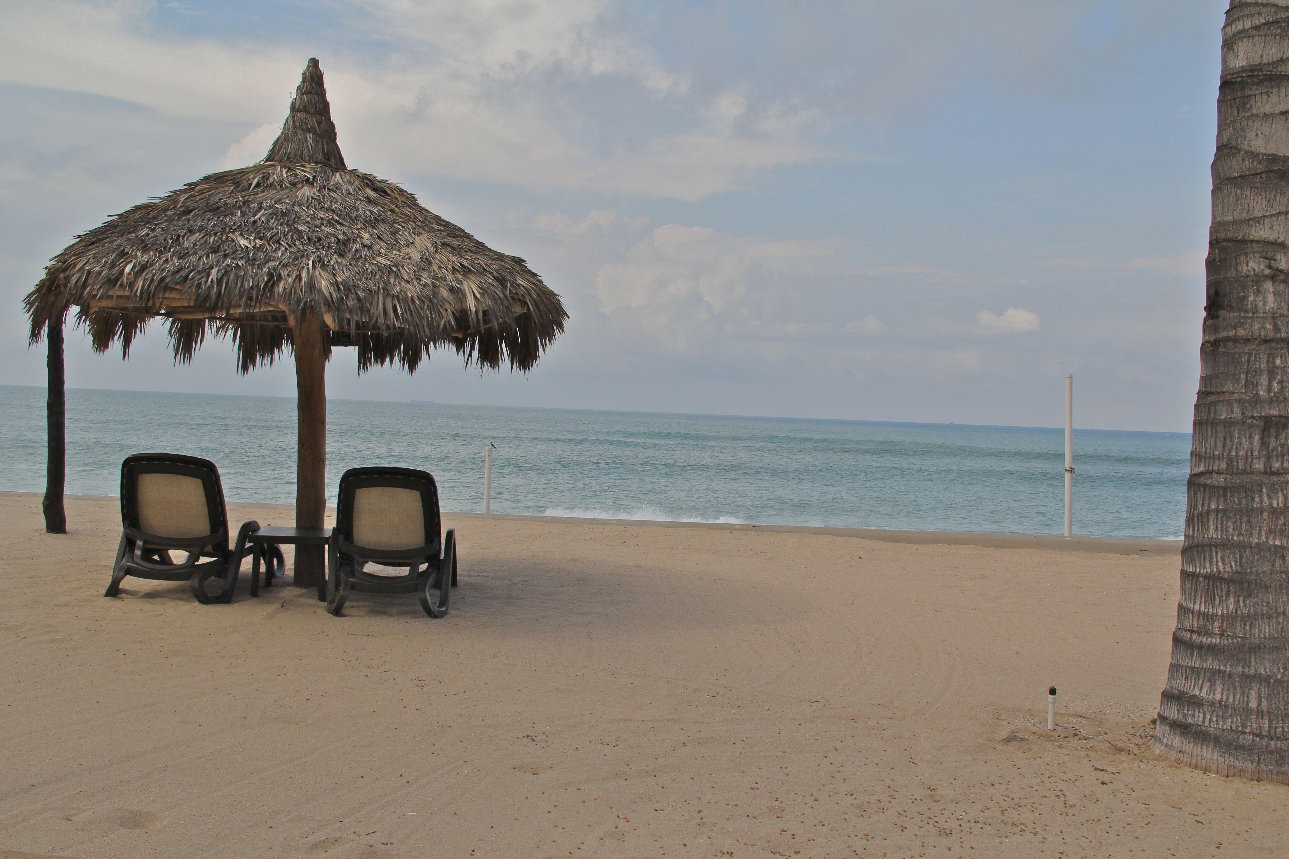 Camastros privados en la playa