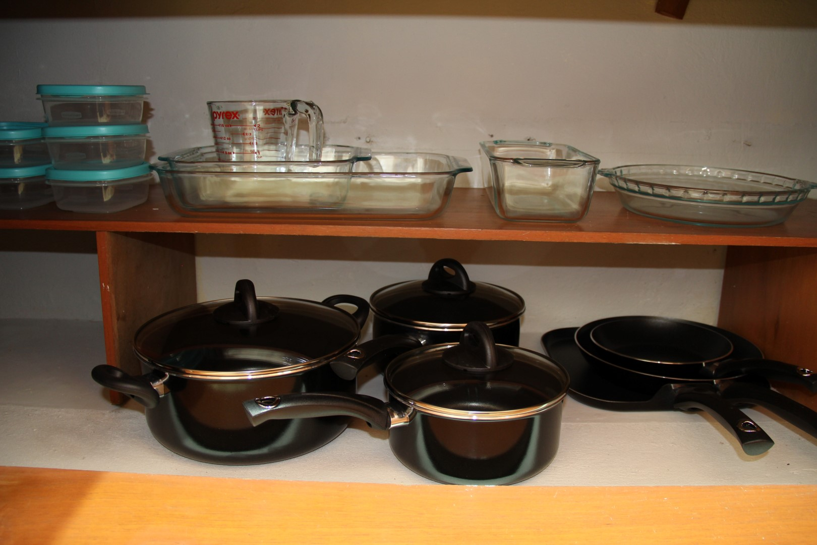 Pots, pans and bakeware