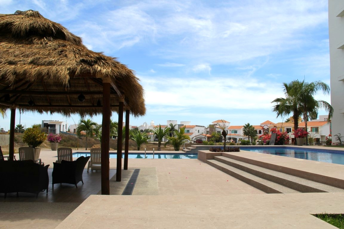 Large pool and palapa area.