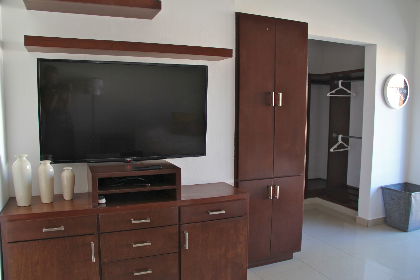 Flatscreen TV in master bedroom