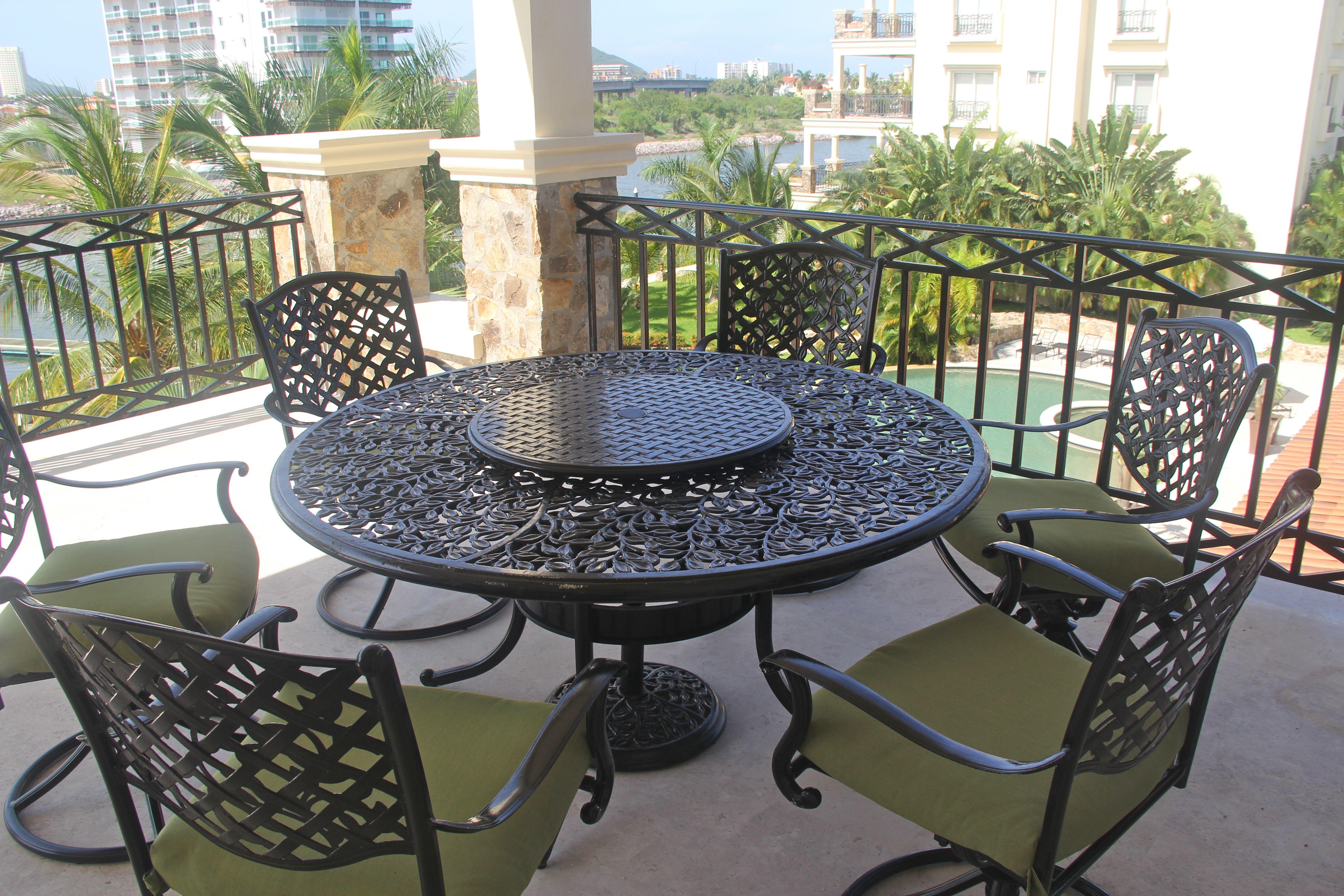 Asientos para 6 personas en terraza