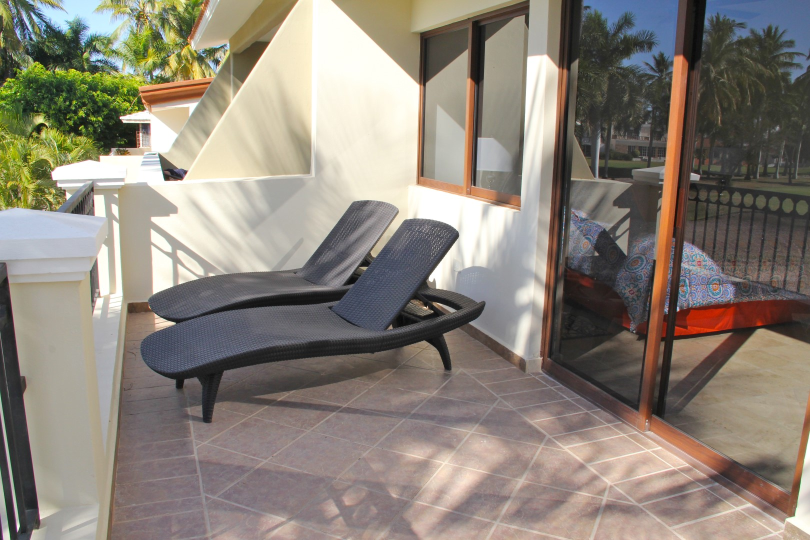 Large terrace with loungers