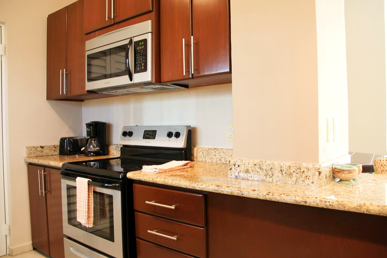 Stove, oven and microwave, as well as small appliances.