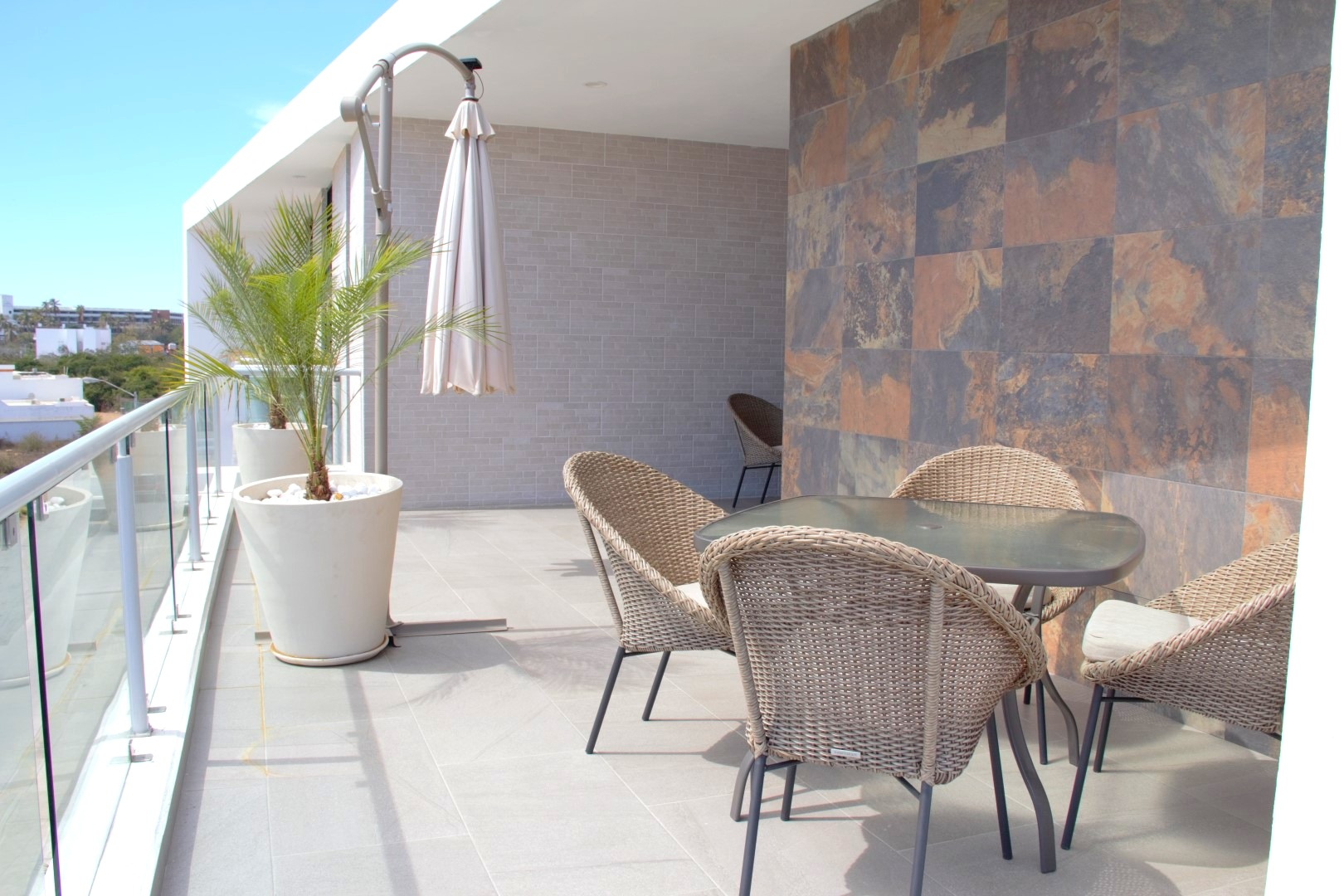 Large private terrace with outdoor dining for 4 people.