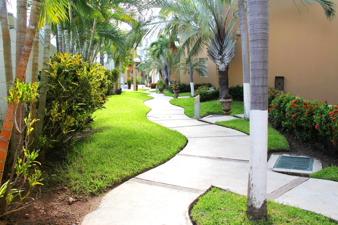 Walkway to common areas and pool.